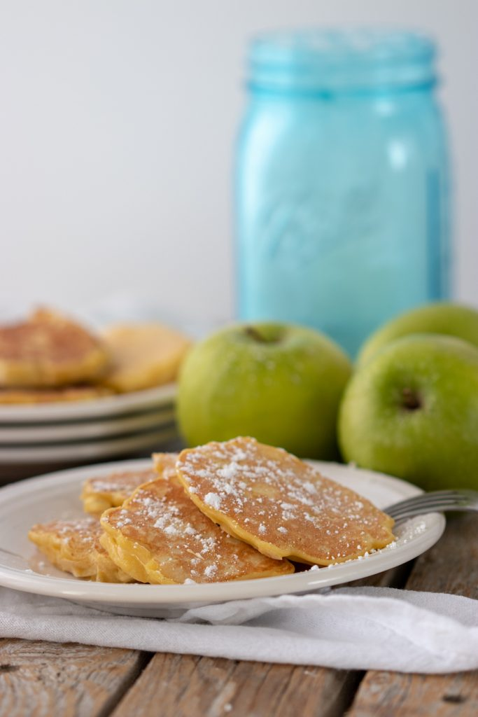 Have you ever had apple fritters? They're such a delicious dessert. The combination of crunchy, sweet, and fruity deliciousness is classically summer in my mind. This healthy and easy apple fritters recipe will surely have them on your list of favorites as well.