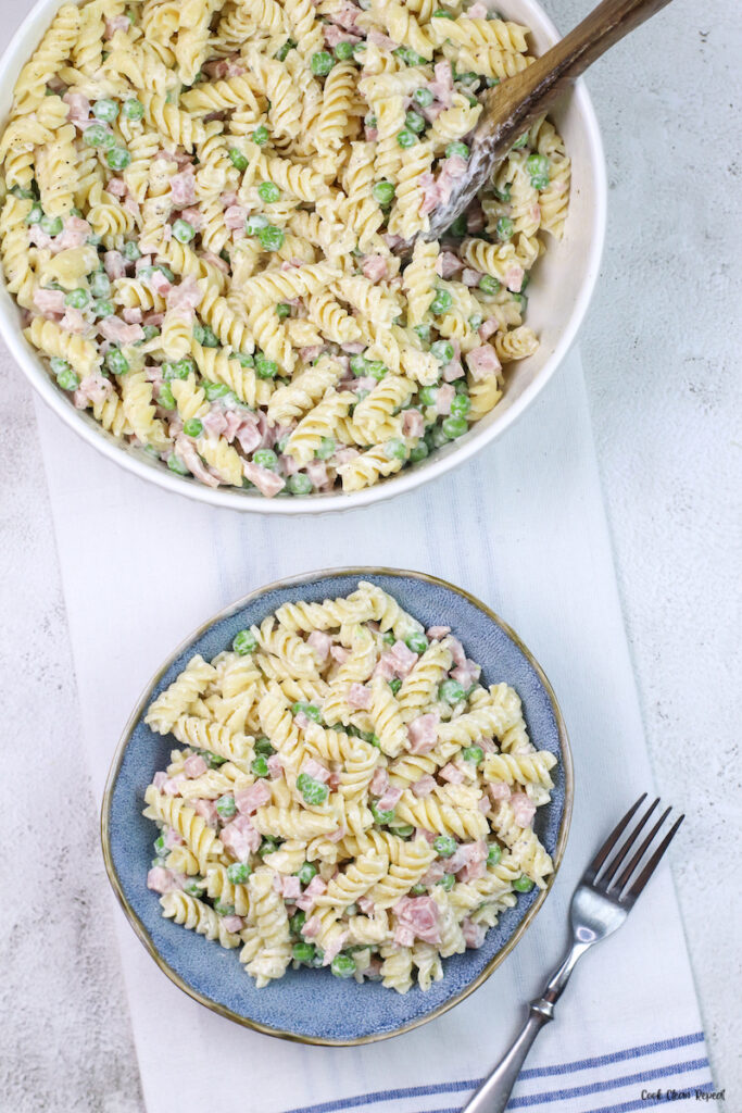 A finished look at the ruby Tuesday pasta salad ready to eat.