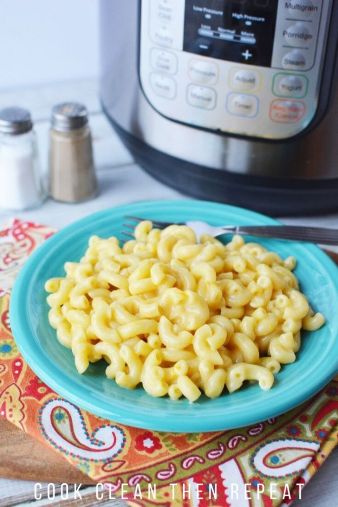 Instant Pot Mac and Cheese ready to eat.
