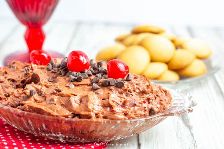 Featured image for the finished chocolate cheesecake recipe