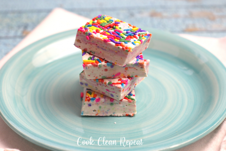 Featured image showing a stack of unicorn fudge ready to be eaten