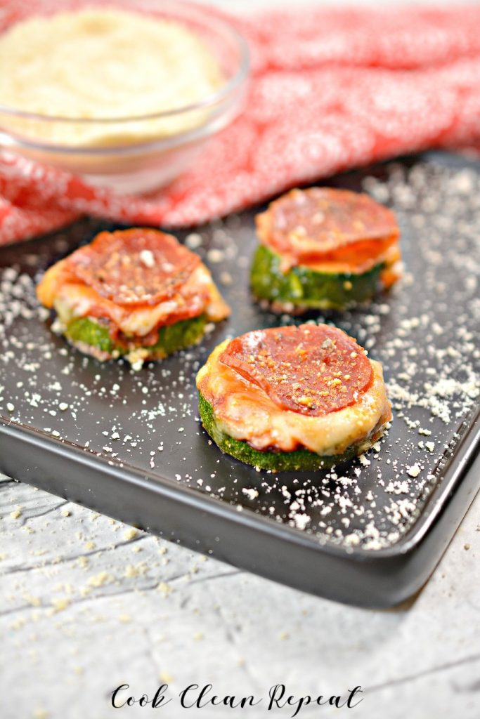 A view of the finished zucchini pizza bites