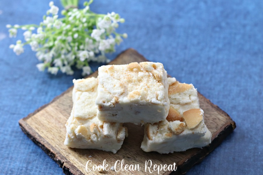 Featured image showing the finished lemon cookie fudge.