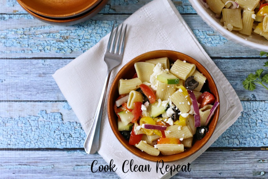 A delicious bowl of the greek pasta salad recipe.