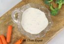 Featured image showing a top down view of a bowl full of the finished ruby Tuesday ranch dressing recipe.