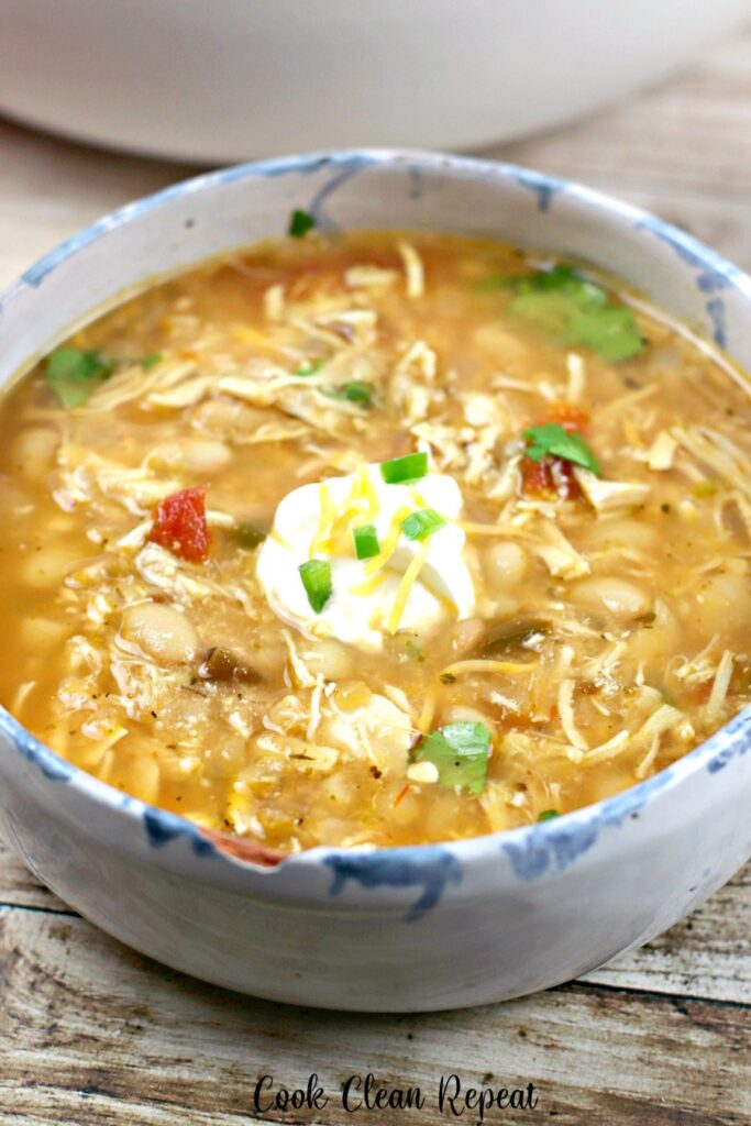 A look at a delicious bowl full of the white chicken chili ready to be enjoyed.