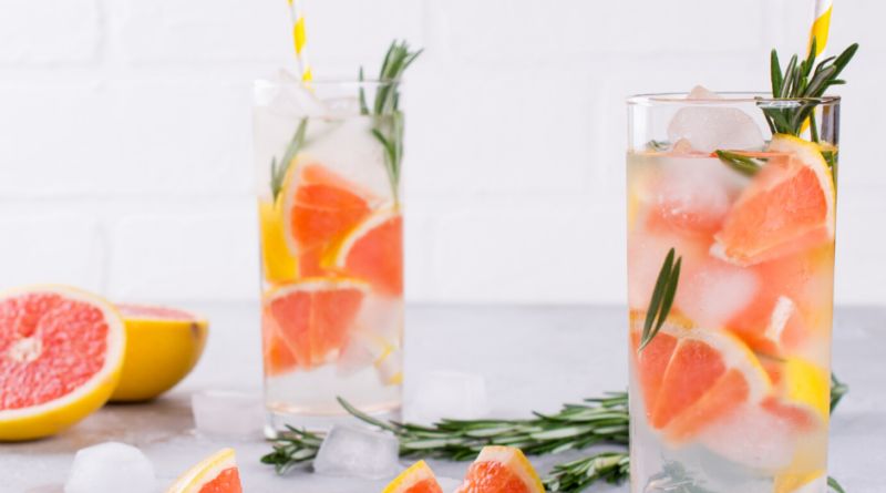 Featured image showing some infused water recipes ready to drink.