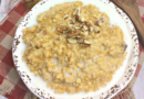 Featured image showing the finished pumpkin oatmeal ready to eat.