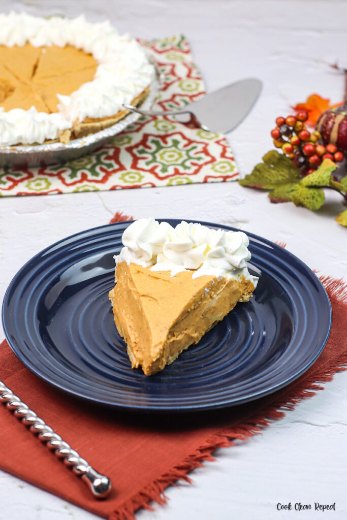 a look at the finished pie served up and ready to eat.