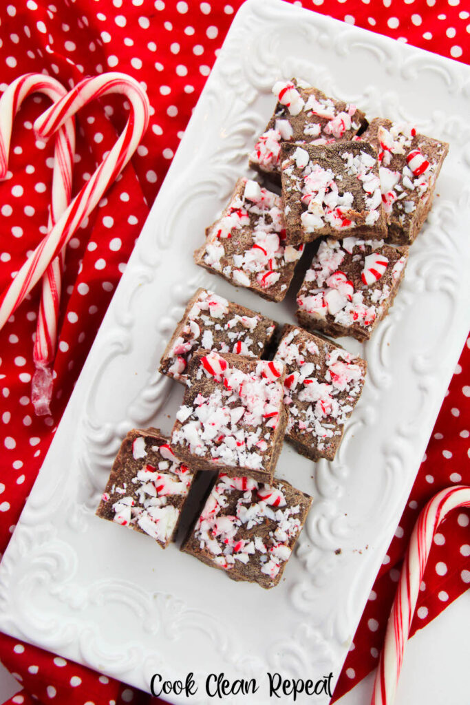 A top down view of the finished peppermint fudge on a tray ready to serve.