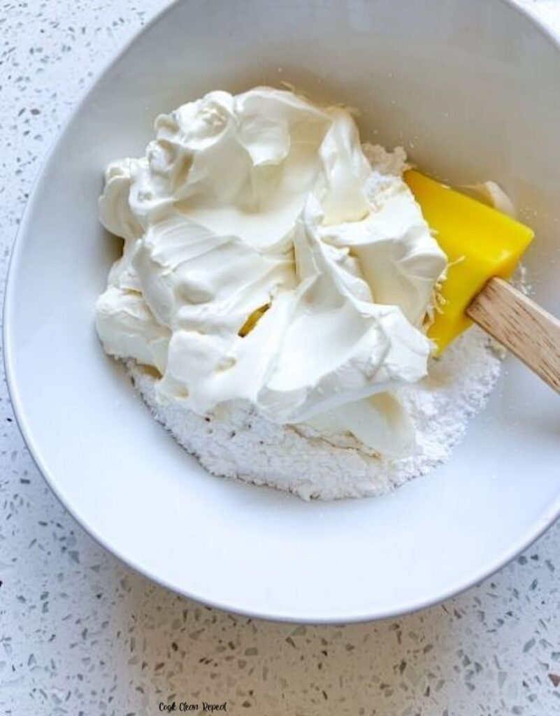 Whipped cream cheese ready to be used.