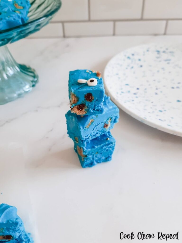 A stack of the finished Cookie Monster fudge ready to eat.