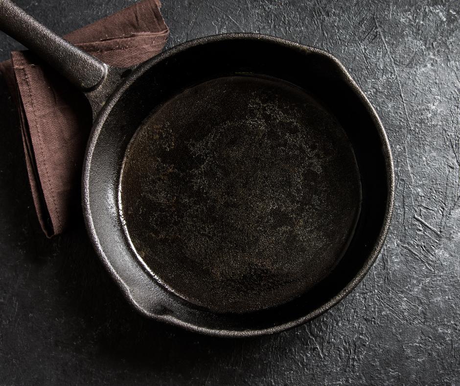 how to season a cast iron pan