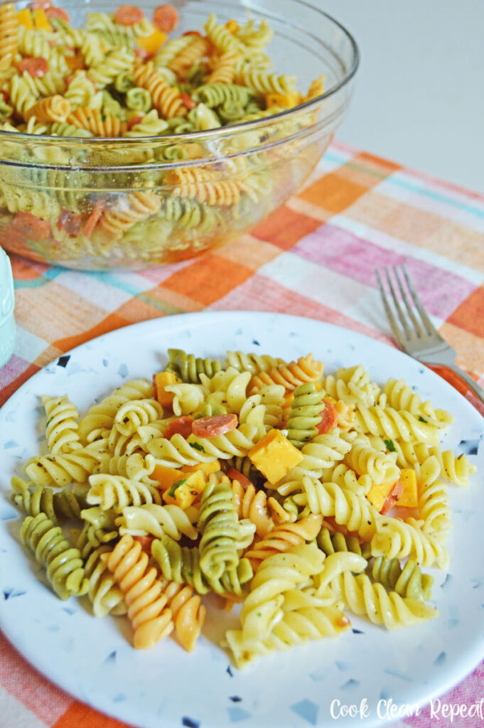 A look at the finished Italian pasta salad with pepperoni finished and ready to eat.
