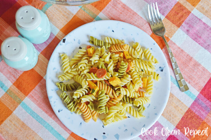 featured image showing the finished Italian pasta salad with pepperoni on a plate ready to eat.