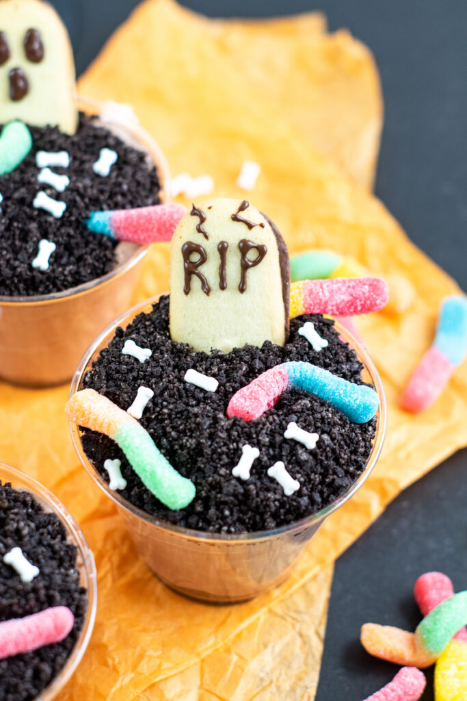 halloween dirt pudding cups image.