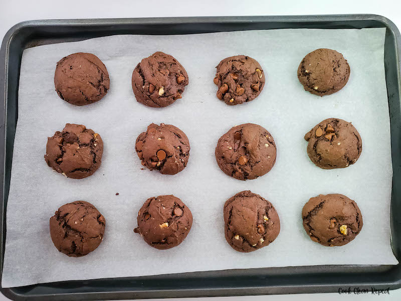 baked cookies on a sheet fresh from the oven.