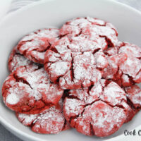 Finished red velvet crinkles cookies ready to eat.